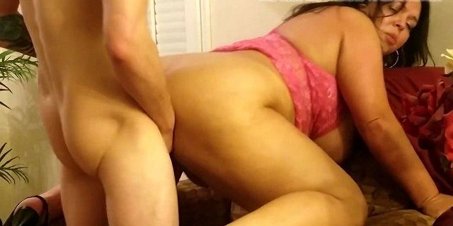 cuckold,thick,wife,