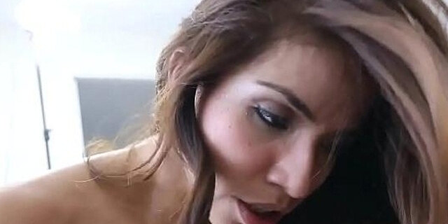 cunt,pounding,shaved,wet,