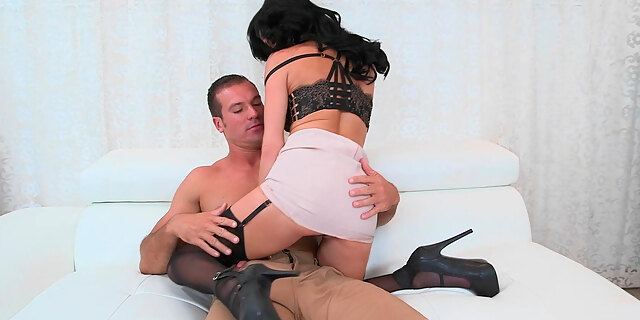 american,boss,brunette,couch,cougar,cum,cum on tits,cumshot,doggystyle,facial,hardcore,heels,interview,lingerie,mature,north,office,pornstar,riding,sean lawless,stocking,tits,veronica avluv,white,