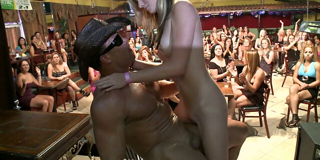 amateur,american,babe,bear,blonde,blowjob,brunette,club,cumshot,cute,dress,facial,group,interracial,lady,long hair,milf,party,public,reality,shoe,small tits,tits,white,young,