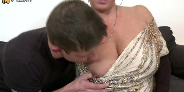 amateur,fucking,granny,lovers,mature,milf,mom,old young,sucking,young,