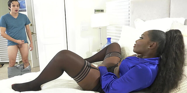 blowjob,cumshot,deepthroat,ebony,mature,milf,osa lovely,pornstar,pussy to mouth,riding,stocking,tits,