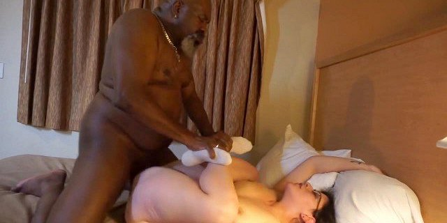 amateur,bbc,cheating,cuckold,desperate,housewife,milf,oldy,
