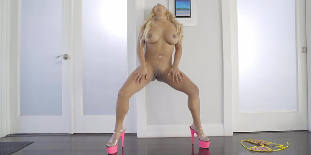 american,anal,ass,blonde,blowjob,couch,dancing,desiree lopez,doggystyle,exotic,hardcore,huge cock,latina,north,perfect,pornstar,pov,riding,shaved,tits,twerk,webcam,young,