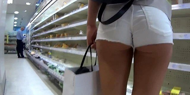 gorgeous,shorts,white,