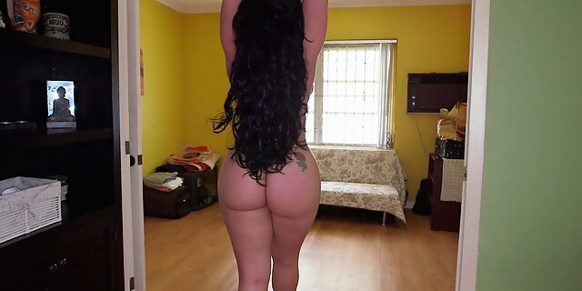 ass,big ass,blowjob,brunette,carmen de luz,chick,couch,cuban,juicy,latina,long hair,milf,nature,pornstar,shoe,spreading,thong,