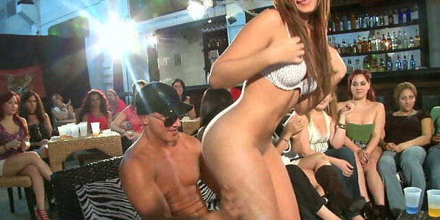 amateur,banging,black cock,blonde,blowjob,brunette,cfnm,club,cumshot,cute,dress,face,glasses,gorgeous,group,hardcore,interracial,long hair,milf,natural tits,nature,party,public,reality,redhead,riding,sex,shaved,shy,small tits,tanned,tits,white,young,